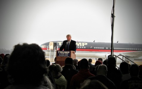 2016 Presidential Nominee, Donald J. Trump addresses a crowd of 3,000 friends and foes in Bloomington, IL.